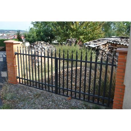 350 cm x 155 cm brána rovná se špičkami dvoukřídlá