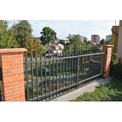400 cm x 155 cm brána rovná se špičkami dvoukřídlá