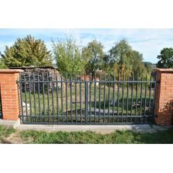 450 cm x 155 cm brána rovná se špičkami dvoukřídlá